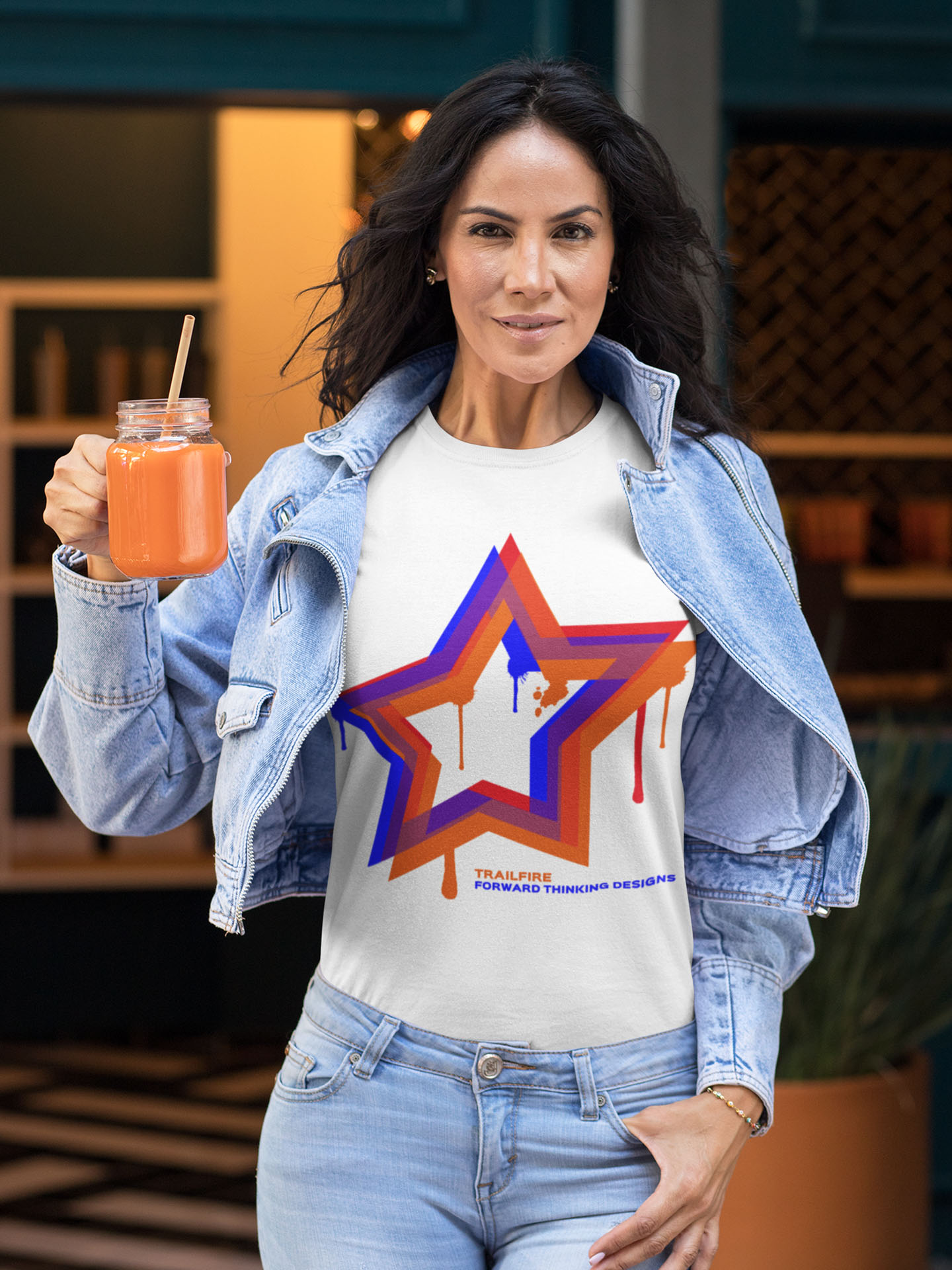 Spredshirt-Prints-Trailfire_0003_tee-mockup-of-a-fit-woman-holding-a-juice-32772 (1)