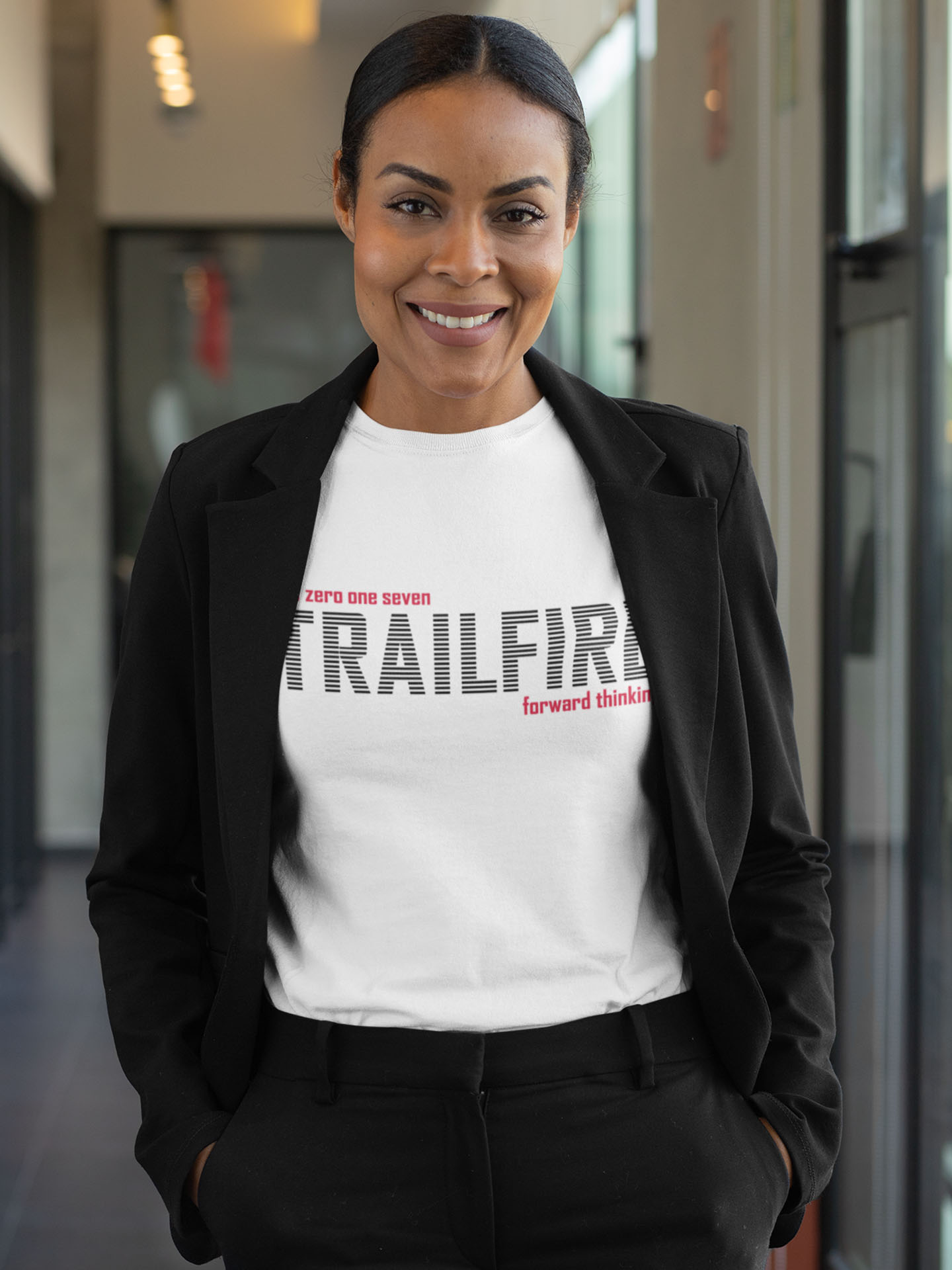 Spredshirt-Prints-Trailfire_0065_t-shirt-mockup-featuring-a-professional-woman-31701